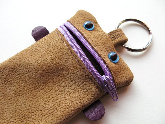 Keychain Recycled Leather Monster Pouch No.063