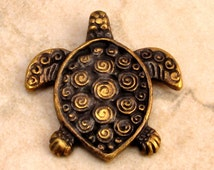 Mykonos Casting Turtle Pendant, Antique Brass M141