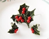 Holly Christmas Celluloid Vintage set