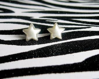 White Star Earrings, Pearly Studs, Simple Minimalist,  Kitsch Kawaii Celestial Jewelry