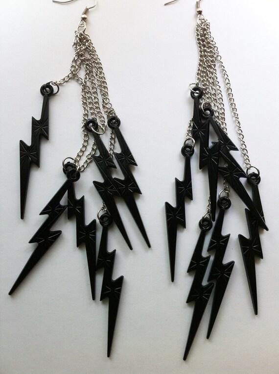 THUNDER charms DARK BLACK knight night storm lightning minis earring long cluster fab girly summer brights