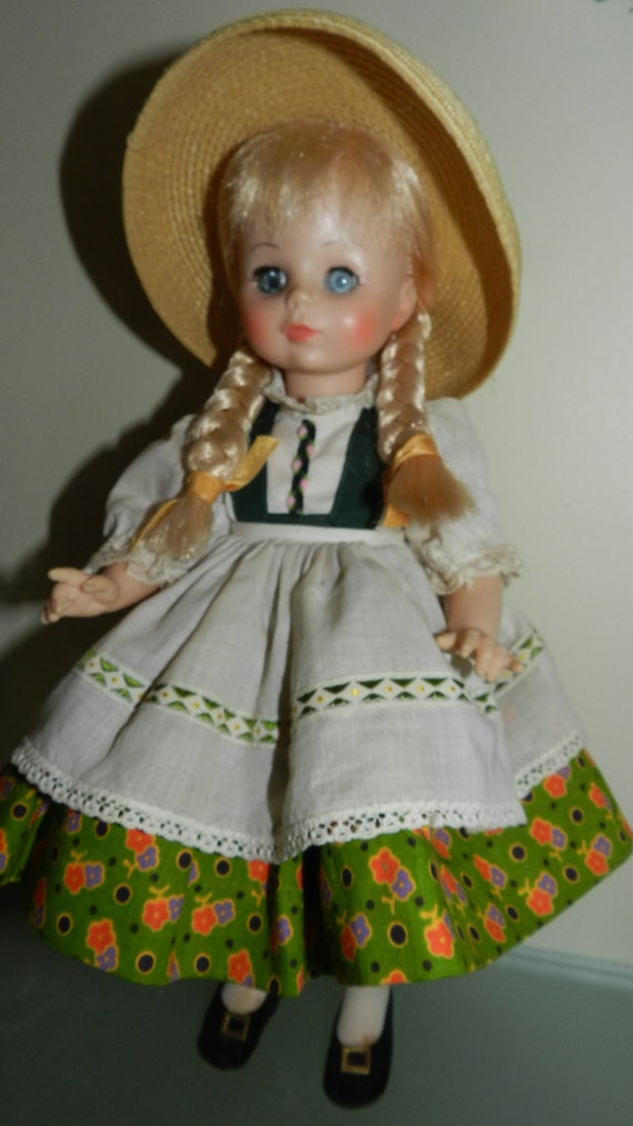 Madame Alexander Heidi Doll 13 inches Tall and she is a Vintage Beauty