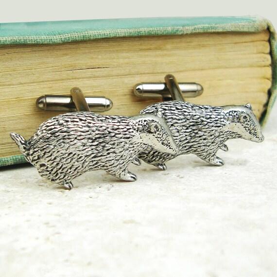 Badgers Cufflinks. Antiqued Silver Pewter Cufflinks