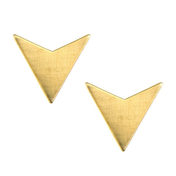 Stud earrings - arrowhead - geometric jewelry