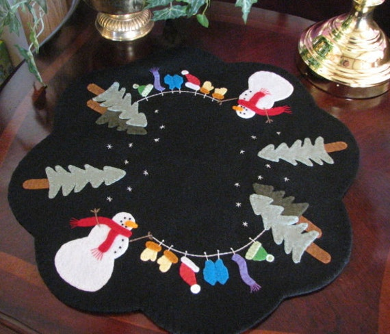 Hand Stitched 19 Dress Me Up Frosty Snowman