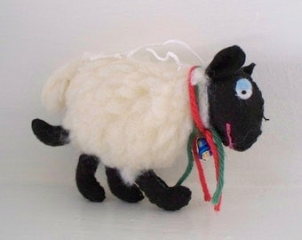 Felt Art Doll Christmas White Sheep Hanging ornament, Handmade Plush Sheep