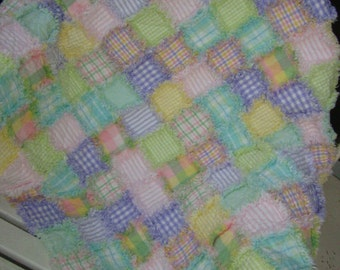 Raggy Baby quilt - REDUCED