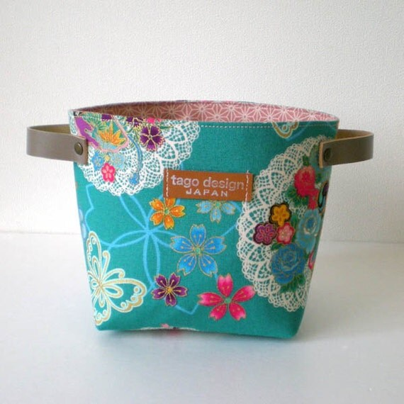 Fabric organizer basket with leather handles - Kimono flower in bright turquoise