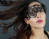 "Half mask in black leather ""Vixen"" -- Halloween mask"