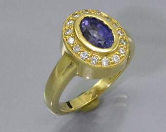 2.2Ct. Color Change Sapphire and Diamond 18k Gold Coctail Ring