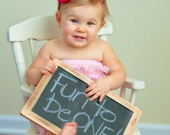1 Large Rustic First Birthday Photo Prop Chalkboard - Item 1051