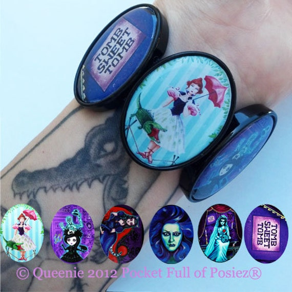 BRACELET Black Stretch The Haunted Mansion Plastic Pocket Full of Posiez (R)