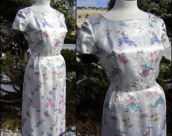 "Brocade Party Dress - Large White Satin Brocade - Hong Kong Custom Tailoring Bust 42"" Vintage 60s"
