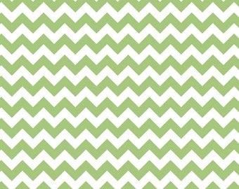 Riley Blake Designs, Small Chevron in Green (C340 30)