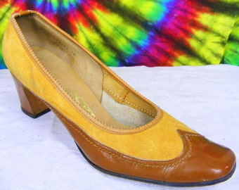 7.5-8 vintage tan and brown suede and patent leather DELISO spectator pumps heels shoes