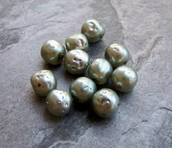 Vintage Miriam Haskell Bumpy Grey Glass Pearl Beads-10