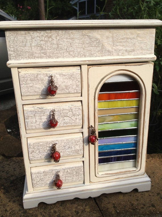 Beautiful Cream Jewelry box with Stained Glass