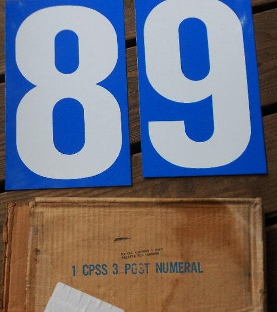 Chevron Gas Sign Pole – BK3
