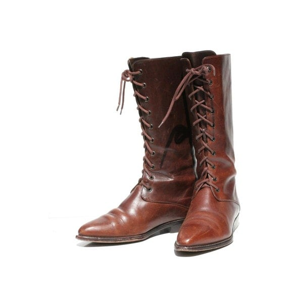 Chocolate Brown Leather COLE HAAN  Lace up Boots size: 8.5