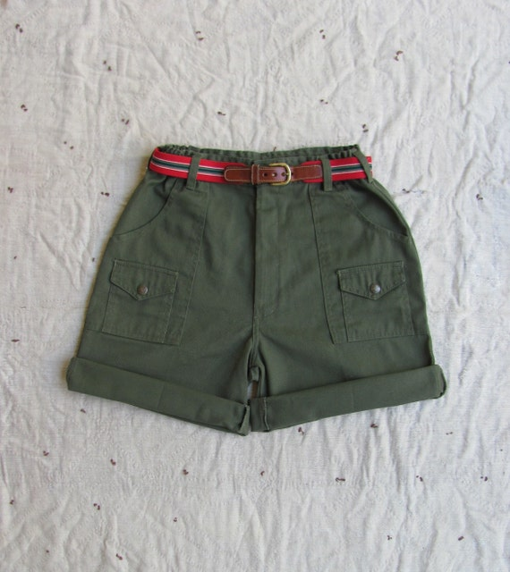 vintage c.1980s official Boy Scouts olive green cargo shorts