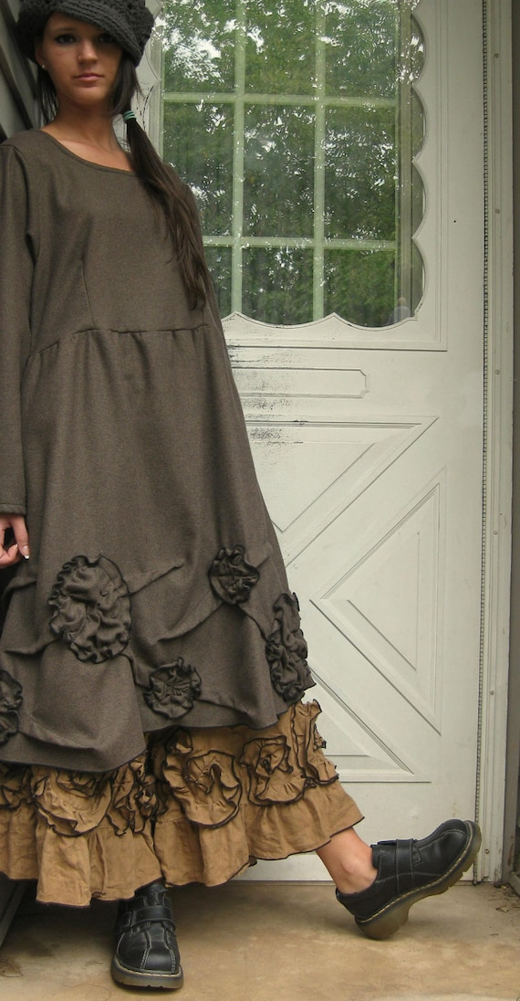 Brown Wool Scrunches and Flowers Tunic Dress S
