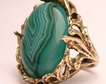Handmade 14kt Gold Green/White Sardonyx Massive Claw Cabochon Ring