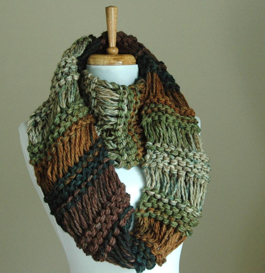 Knitting Chunky Scarves : Chunky scarf brown green knit infinity circle