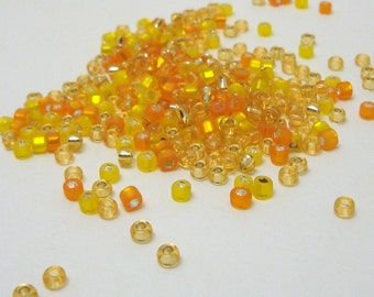24 grams Size 8/0 Japanese Glass Seed Beads Sunshine Yellow Mix