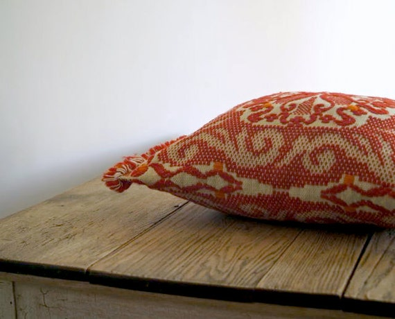 Vintage Red Crewel Work Wool Pillow Cover, Folksy Red and Ivory Pillow Cover