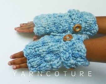 Bukni Mitts / In Sky Blue / Fall Winter Fashion Thick And Warm Fingerless Gloves