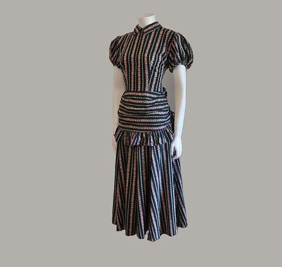 1930's dress / Vintage 30's Floral Striped Cabbage Roses Peplum Dress