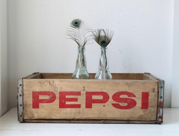 vintage rustic wood crate / 1960s Pespi crate / industrial home decor / DIY repurpose / september kitchen shelf 4