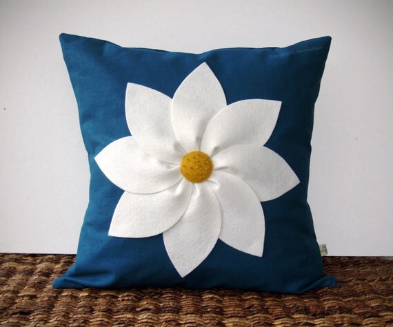 Items similar to White and Yellow Flower PILLOW COVER in Navy Blue Linen by JillianReneDecor ...