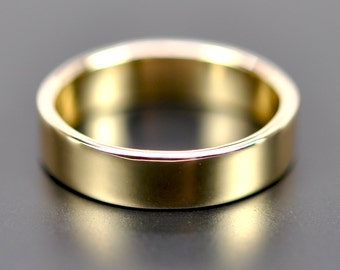 Men's 18K Yellow Gold Wedding Ring, 5mm Wide Band, Smooth Polished, Eco Friendly Wedding, Sea Babe Jewelry