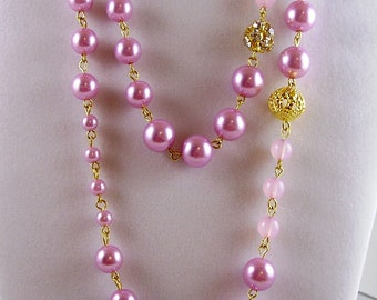 Vintage 70's Jewelry, Pink Long Necklace, Rose Long Necklace,Vintage 70's Pink Necklace, Pink Glass Pearl Necklace