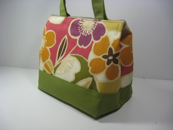Insulated Lunch Bag Purse - Full of Color