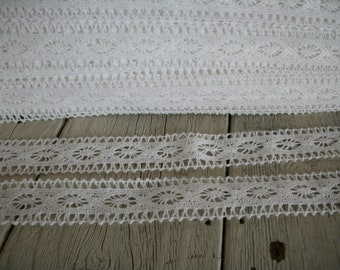 CROCHET TRIM- WHITE-1 inch wide -3 yards