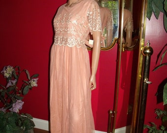 Vintage   Dress Flapper Embroidery  peach Tulle  70s Size 4