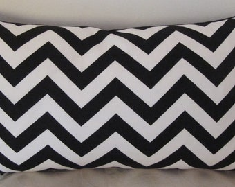 "Zig Zag Chevron Black and White 18""x18"" -Lumbar Pillow Cover 12"" x 22"""
