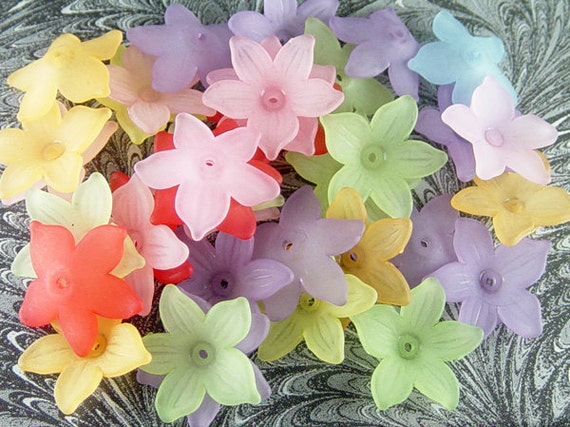 Acrylic Bead 18 Star Daisy Flower 5-Petal Point Frosted 20.5mm (1021luc19m2) ... last remaining packages