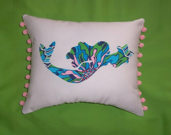 New Mermaid Pillow MW Lilly Pulitzer Resort Bright Navy Dress Rehearsal fabric