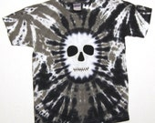 Ghostly Black and White Skull tshirt Youth Medium