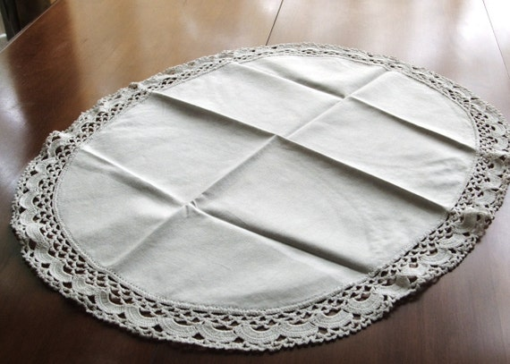 Vintage Doily Lg Oval Size & Crocheted Lace Edging Trim