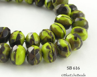Czech Glass Beads Rondelle Bright Green w/ Deep Red 9x6mm (SB 616) 12 pcs BlueEchobeads