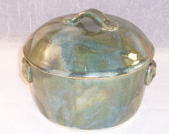 Handmade Casserole  - Ceramic Casserole Dish and Lid - Green Baking Dish - Wheel Thrown Casserole - Stoneware Dish - Lidded Pottery
