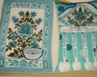 Vintage Dish Towel, Vintage Pot Holder, Vintage Measuring Spoons, Barth and Dreyfuss, Vintage Turquoise, Kitchen Set