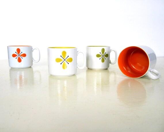 Mod Kitchen / Vintage Ceramic Mugs / Mid Century Coffee Mugs / Set of 4 / Scandinavian Style