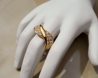 Vintage Gold faux diamond ring size 8