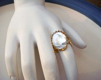 Vintage Adjustable Gold Toned Ring with Clear Cabochon