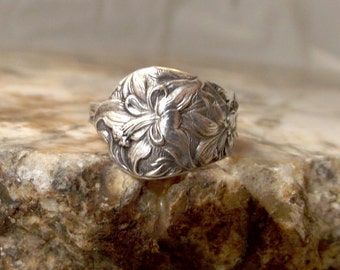 Sterling Silver Spoon Ring - lilly or Iris